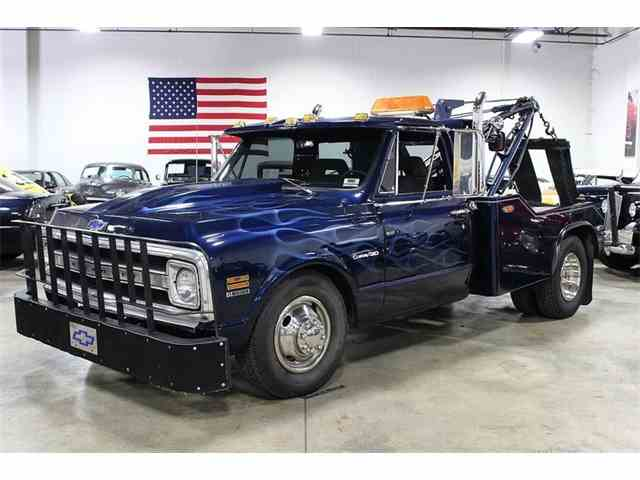 Picture of Classic 1971 C 30 Tow Truck - $14,900.00 Offered by  - NEUH