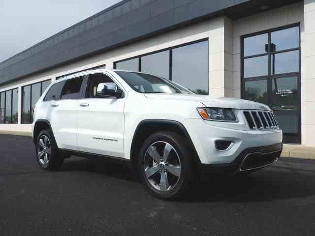 Picture of '15 Jeep Grand Cherokee - $26,999.00 Offered by  - NEY9