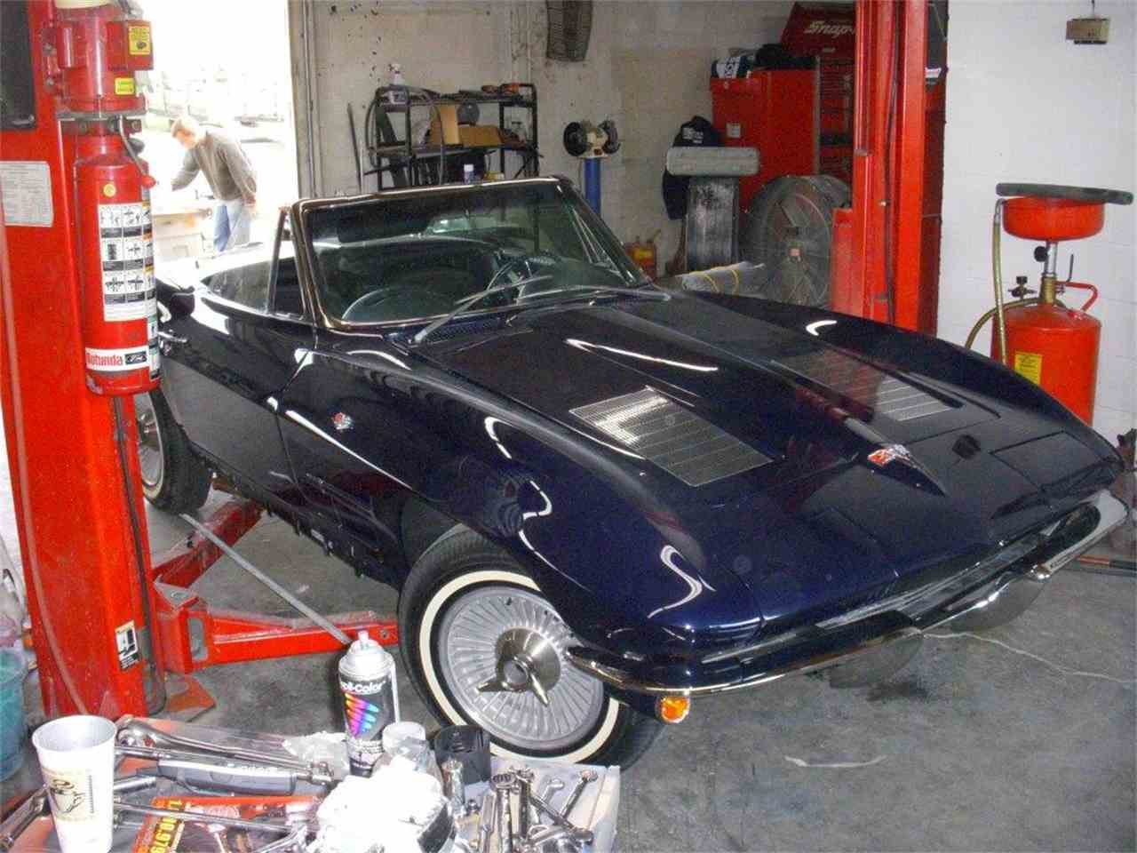 Large Picture of '63 Corvette - NF03