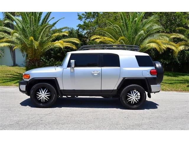 Picture of '07 FJ Cruiser located in Florida - $15,900.00 - NF1W