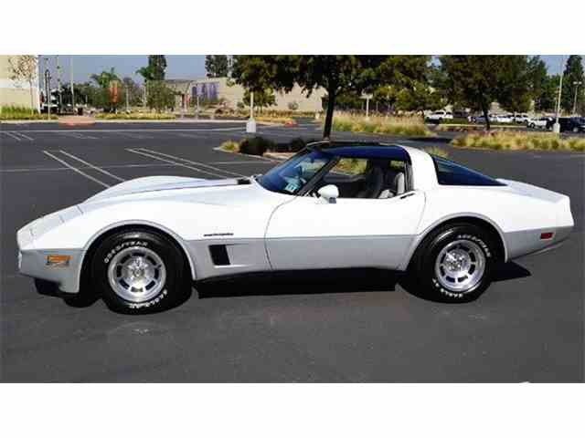 Picture of '82 Corvette - NF2H