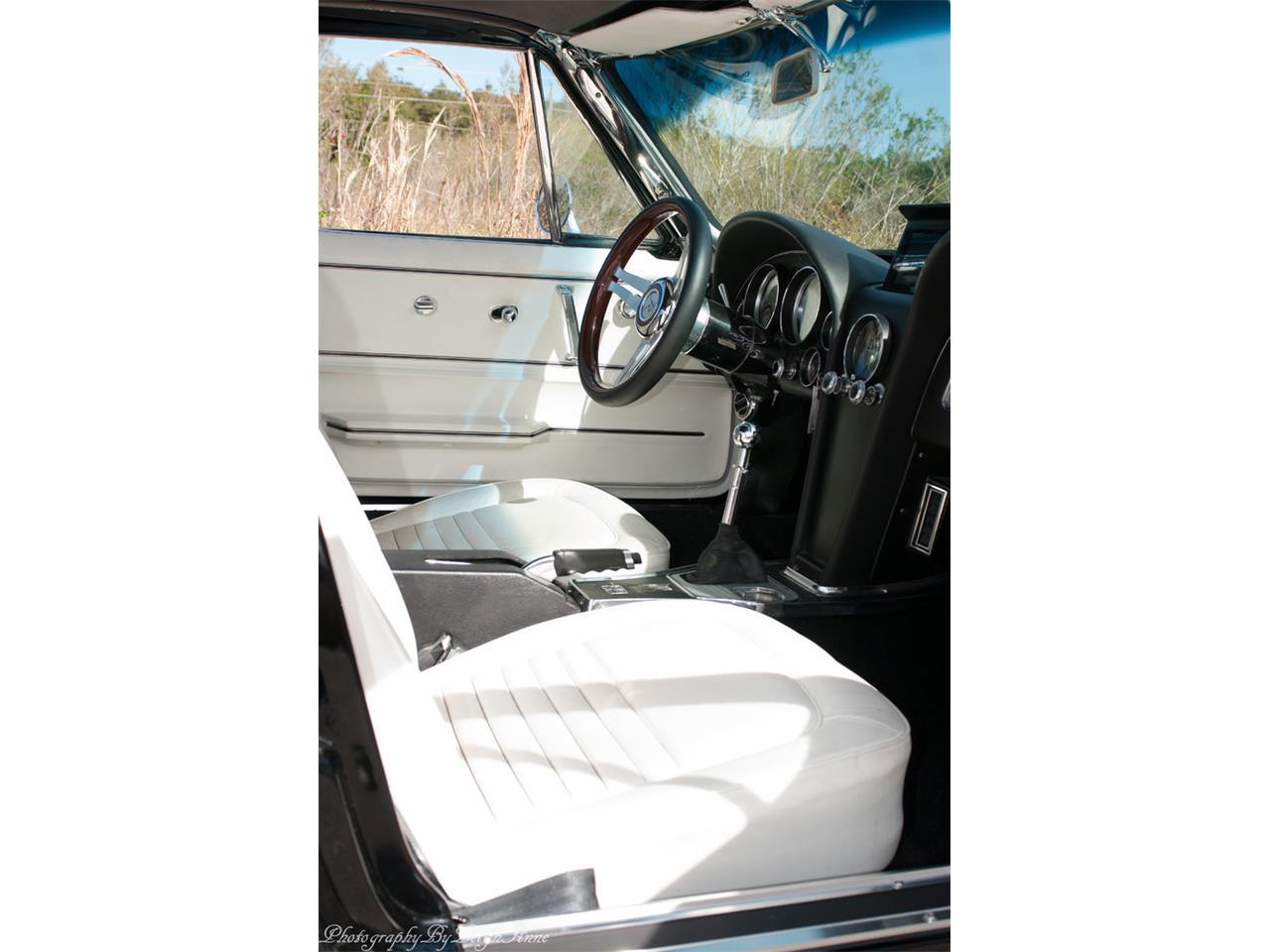 Large Picture of Classic '67 Chevrolet Corvette located in Punta Gorda Florida - NF44