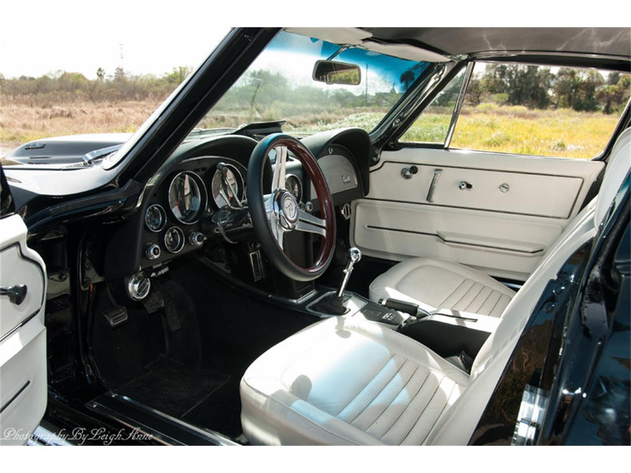 Large Picture of 1967 Corvette located in Florida Auction Vehicle Offered by Premier Auction Group - NF44