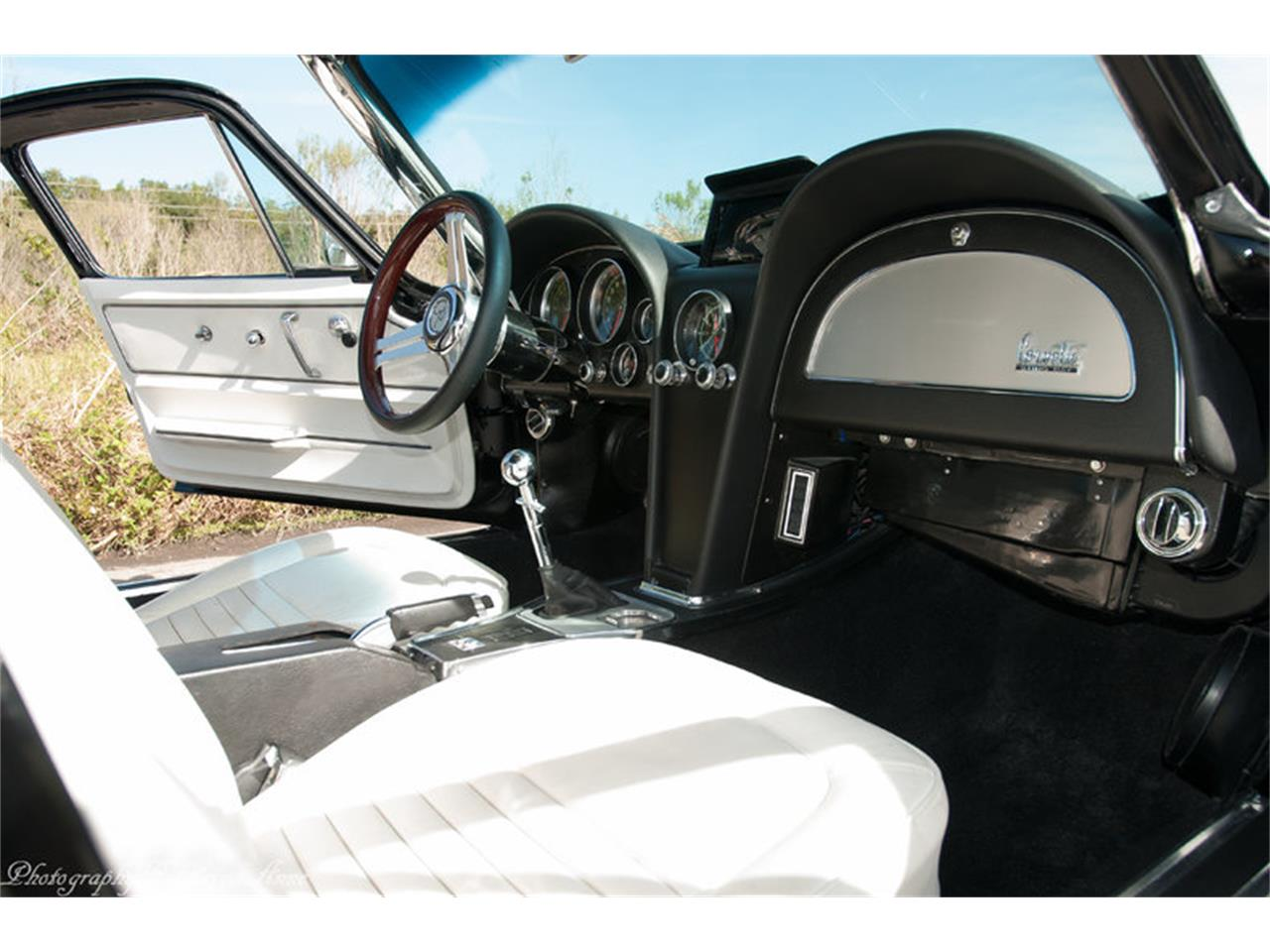 Large Picture of Classic 1967 Chevrolet Corvette located in Florida Offered by Premier Auction Group - NF44
