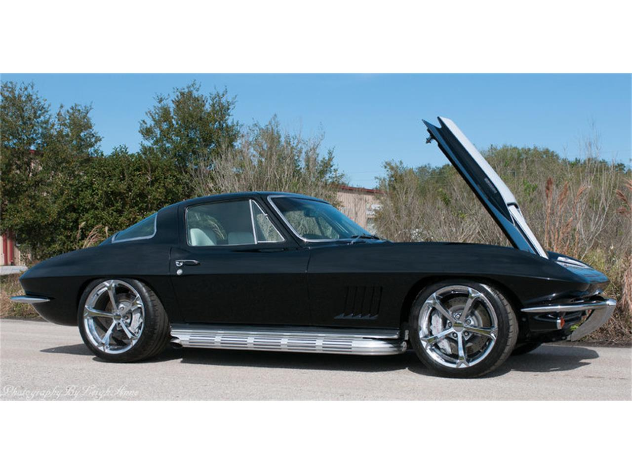 Large Picture of '67 Chevrolet Corvette Auction Vehicle Offered by Premier Auction Group - NF44