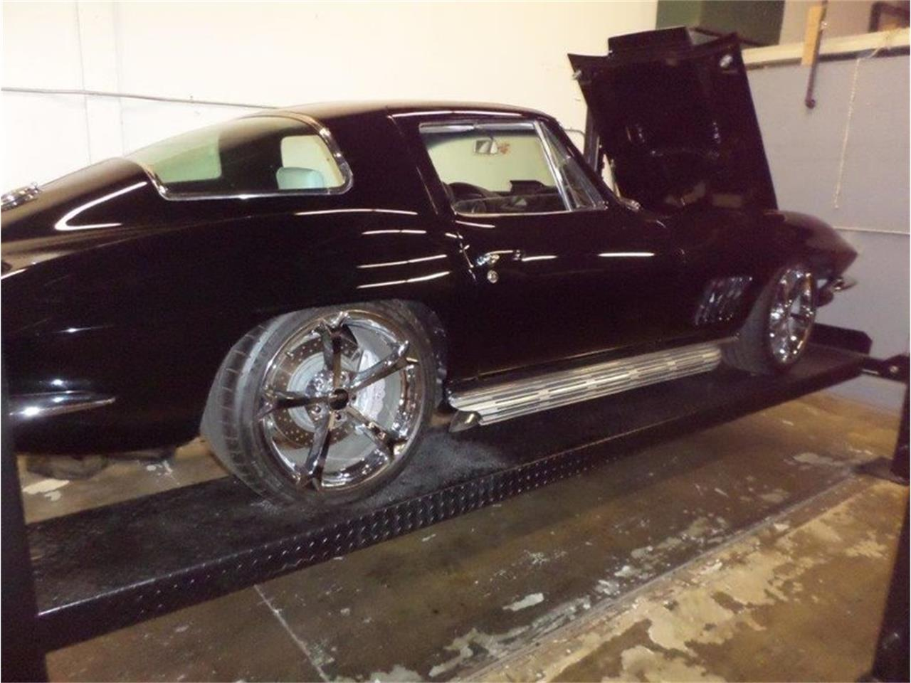 Large Picture of Classic '67 Corvette located in Punta Gorda Florida Offered by Premier Auction Group - NF44