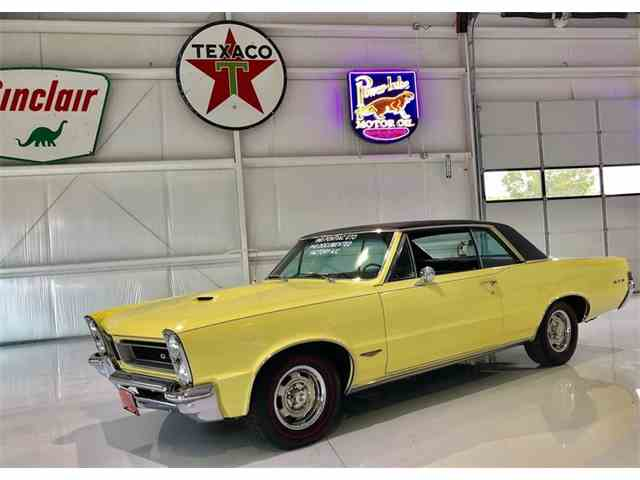 Picture of Classic '65 Pontiac GTO - NF45