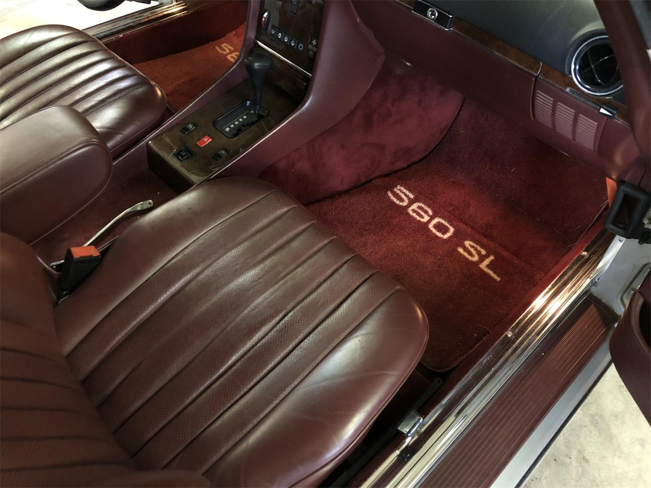 Large Picture of '86 Mercedes-Benz 560SL - $22,900.00 Offered by Vintage Motor Cars USA - NDA4