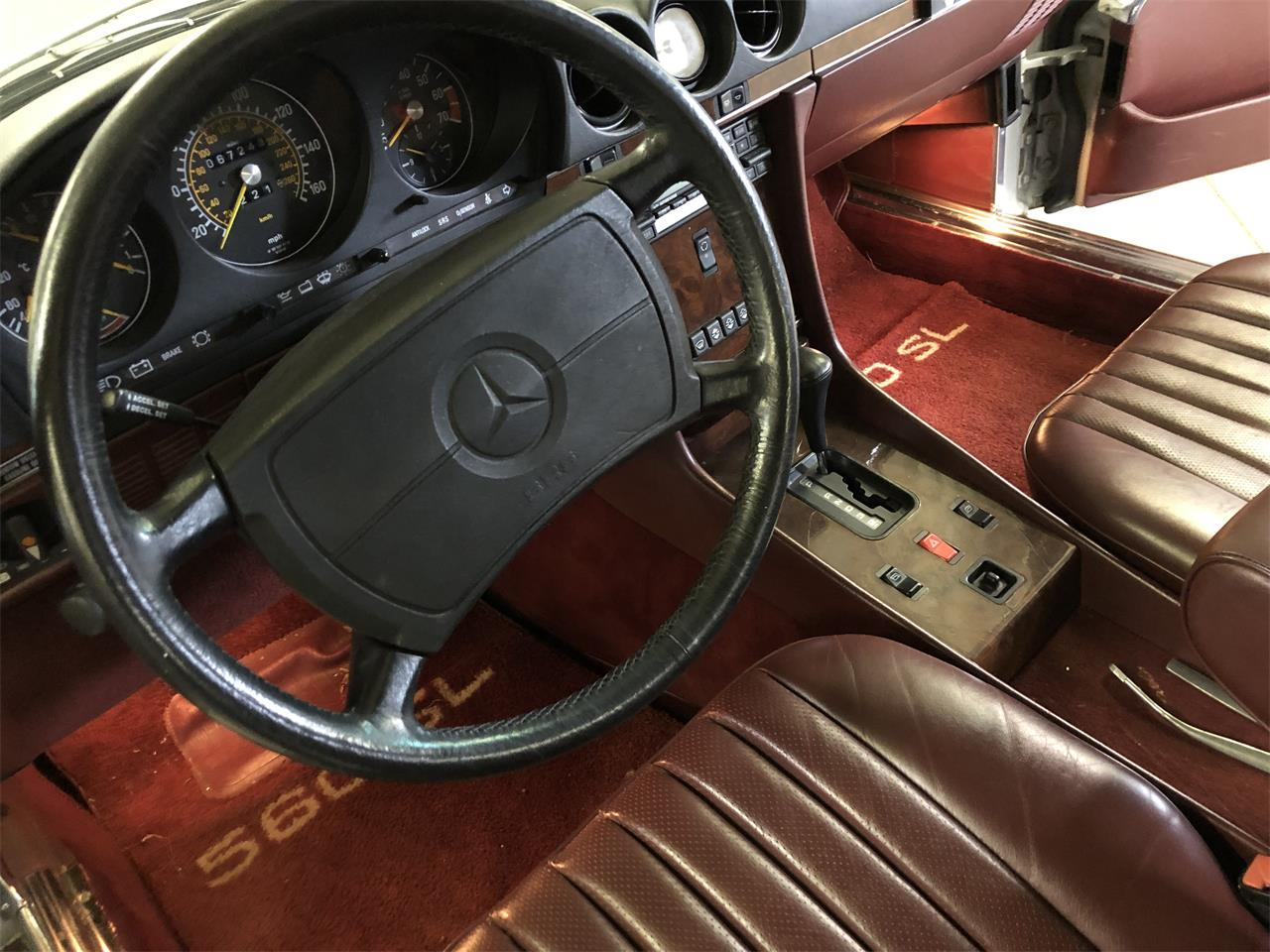 Large Picture of '86 560SL Offered by Vintage Motor Cars USA - NDA4