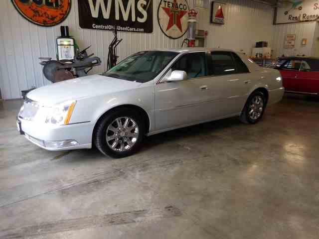 Picture of 2008 Cadillac DTS - NFHU