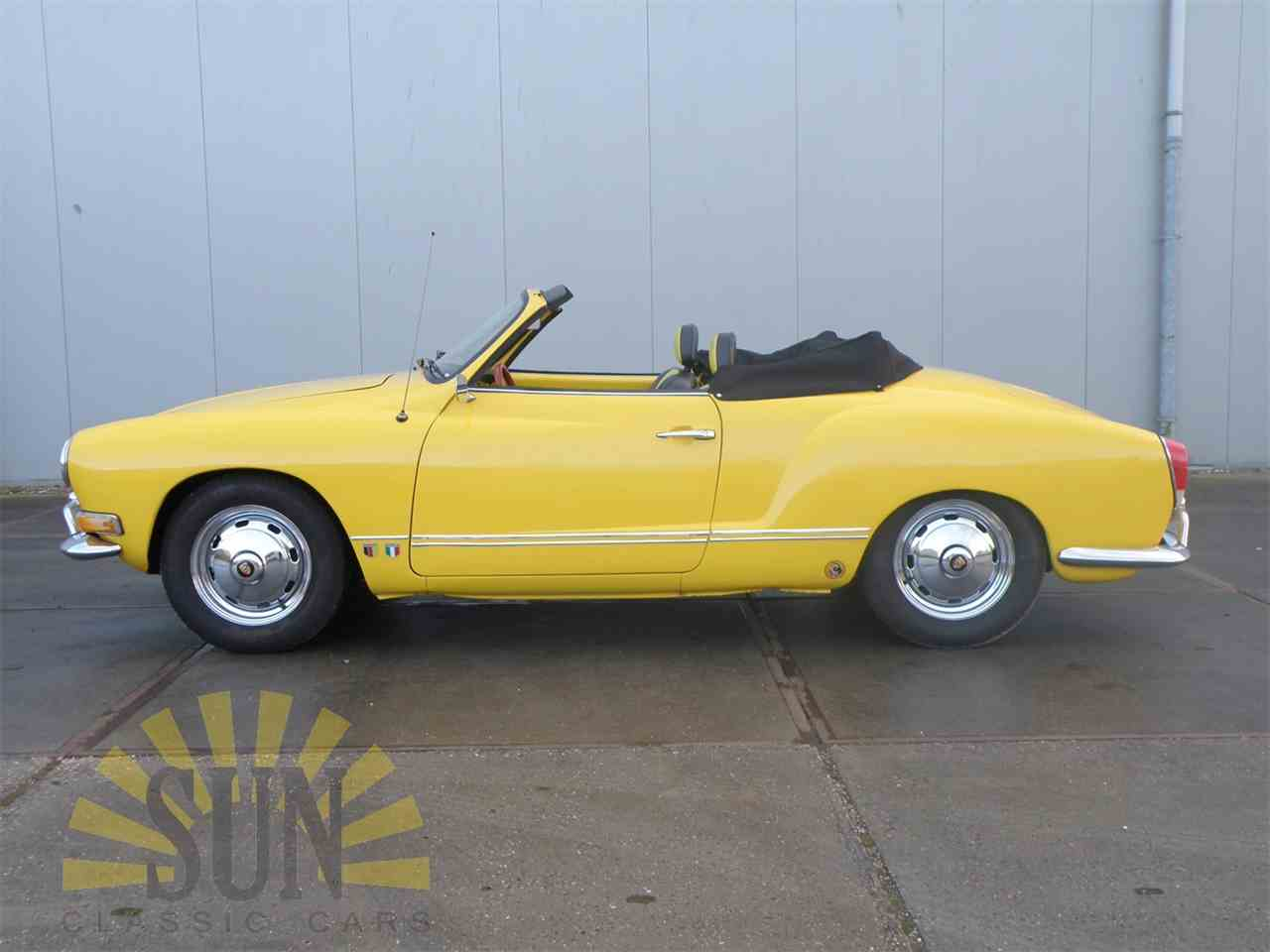 Large Picture of '71 Karmann Ghia - NFK0