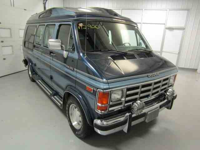 Picture of 1991 Dodge Ram Van located in Virginia Offered by  - NFN7