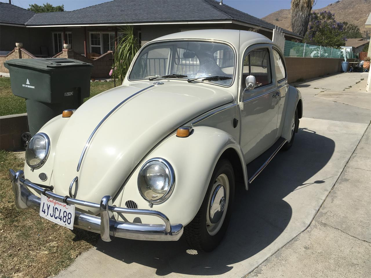Large Picture of Classic 1966 Volkswagen Beetle located in California - NG5F