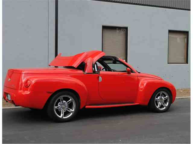 Picture of '05 Chevrolet SSR Offered by  - NG6O