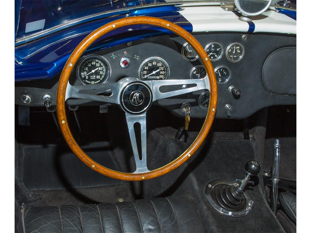 Large Picture of Classic 1964 Shelby Cobra located in Zamperini Field California Auction Vehicle - NG6U