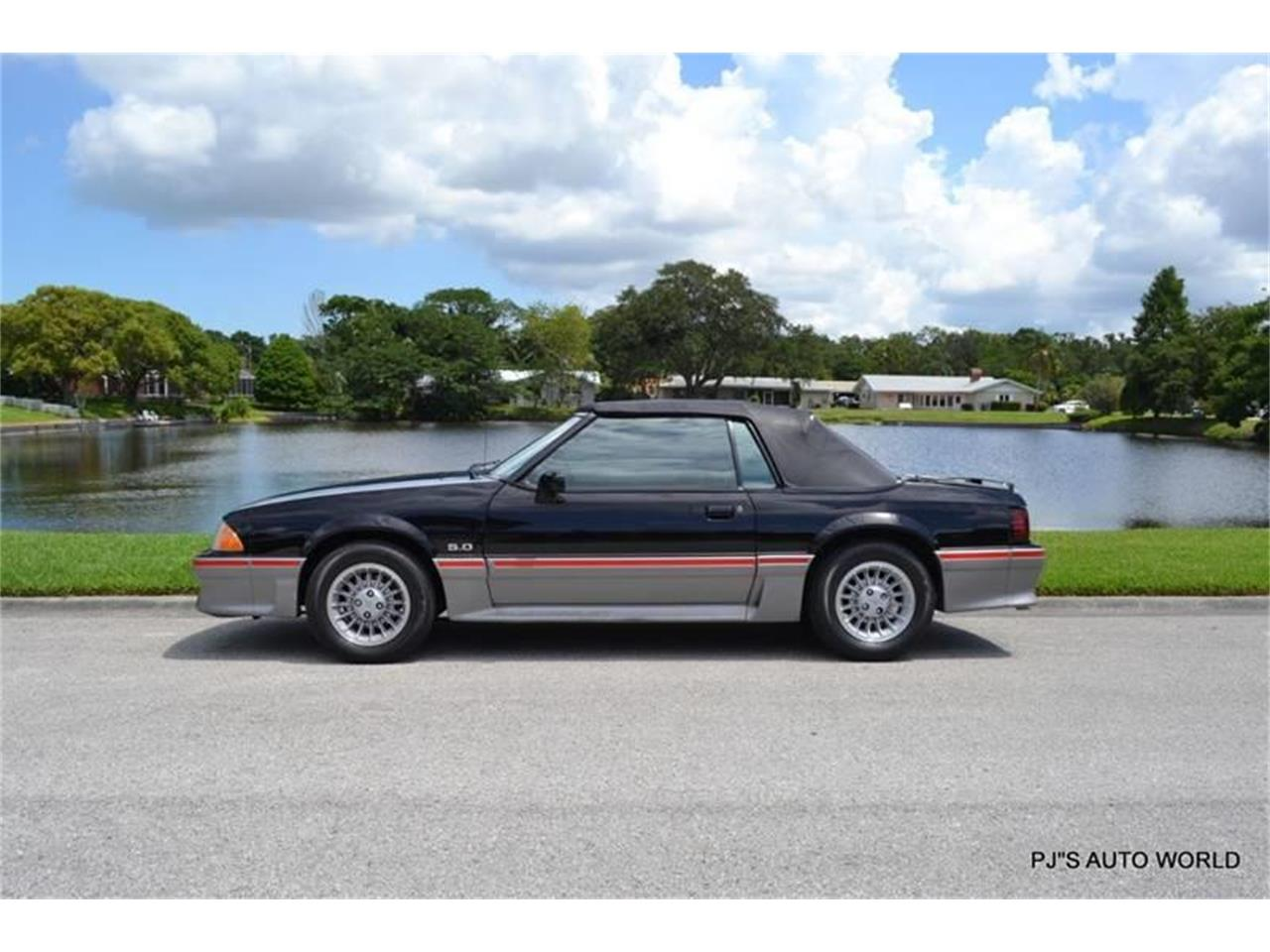 Large Picture of 1989 Ford Mustang - $17,900.00 - NGI8