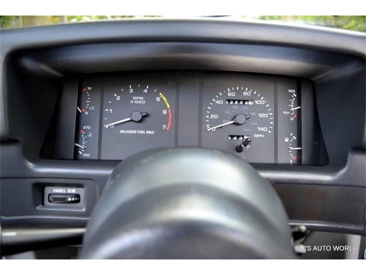 Large Picture of '89 Ford Mustang - NGI8
