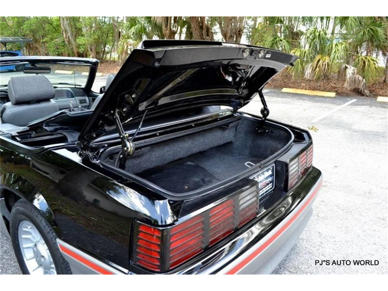 Large Picture of '89 Mustang located in Florida - NGI8