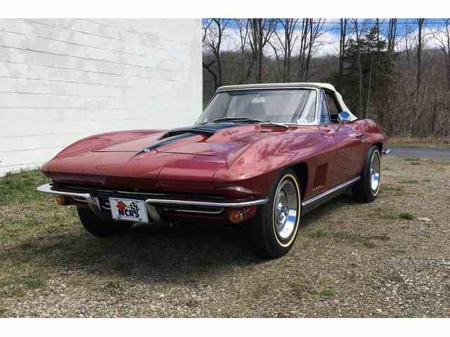 Picture of Classic '67 Chevrolet Corvette - NGO3