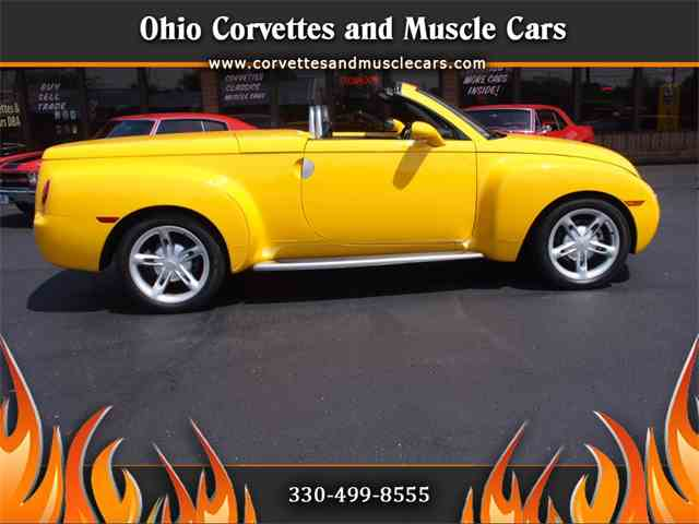 Picture of '04 Chevrolet SSR located in North Canton Ohio - $35,500.00 - NGRI
