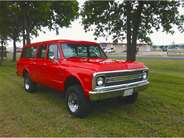 Picture of Classic 1970 Chevrolet Suburban located in Boerne Texas - $28,500.00 - NGY4