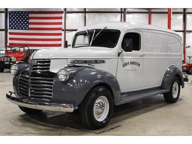 Picture of '47 Suburban - NH1D