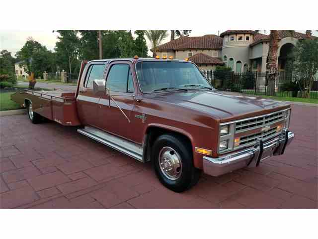 Picture of '86 Chevrolet C/K 30 located in Conroe Texas - $19,900.00 - NHA1