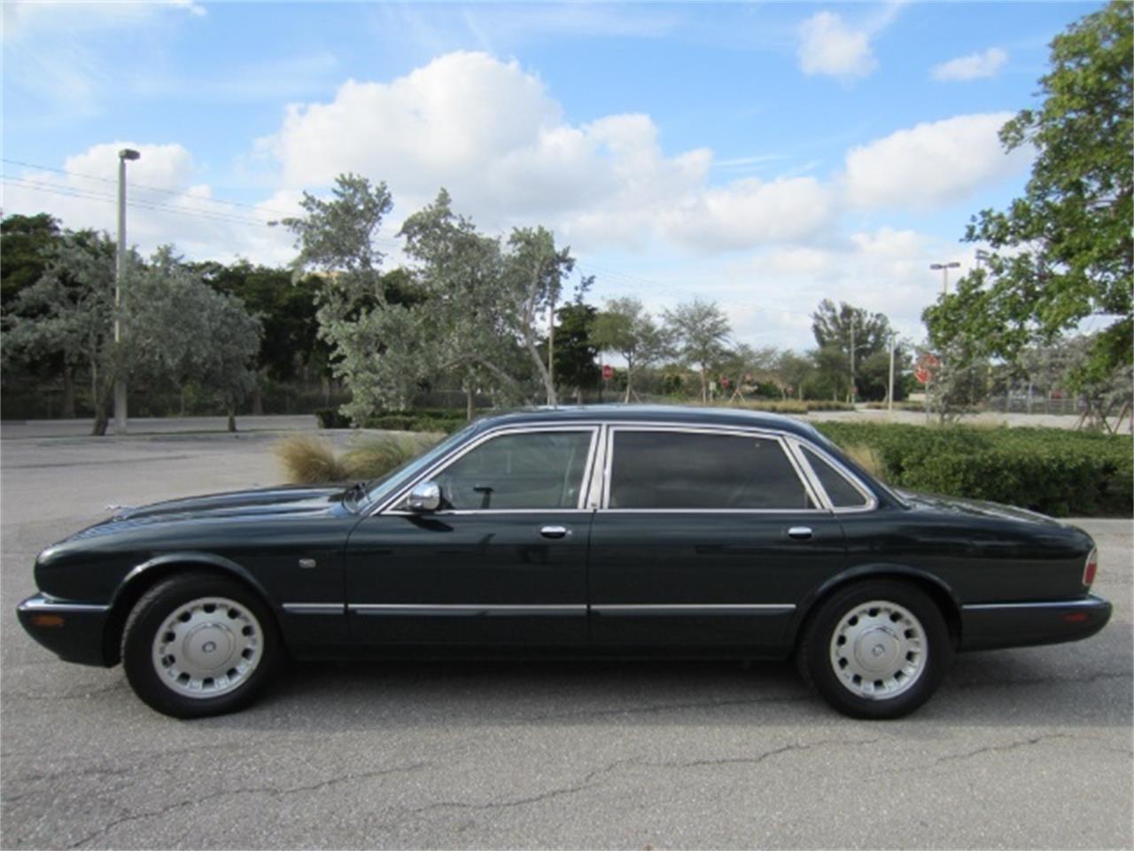 1998 jaguar xj8 vanden plas for sale | classiccars | cc-1095502