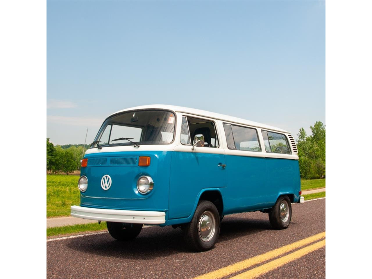 1977 Volkswagen Bus For Sale Classiccars Com Cc 1095529