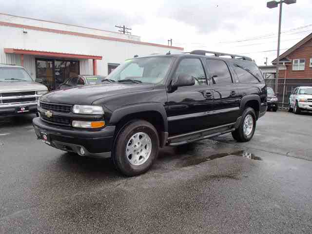 Picture of '04 Chevrolet Suburban located in Tacoma Washington - NHFP