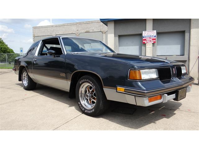 Picture of '87 Oldsmobile 442 located in Davenport Iowa - $12,900.00 - NHJO