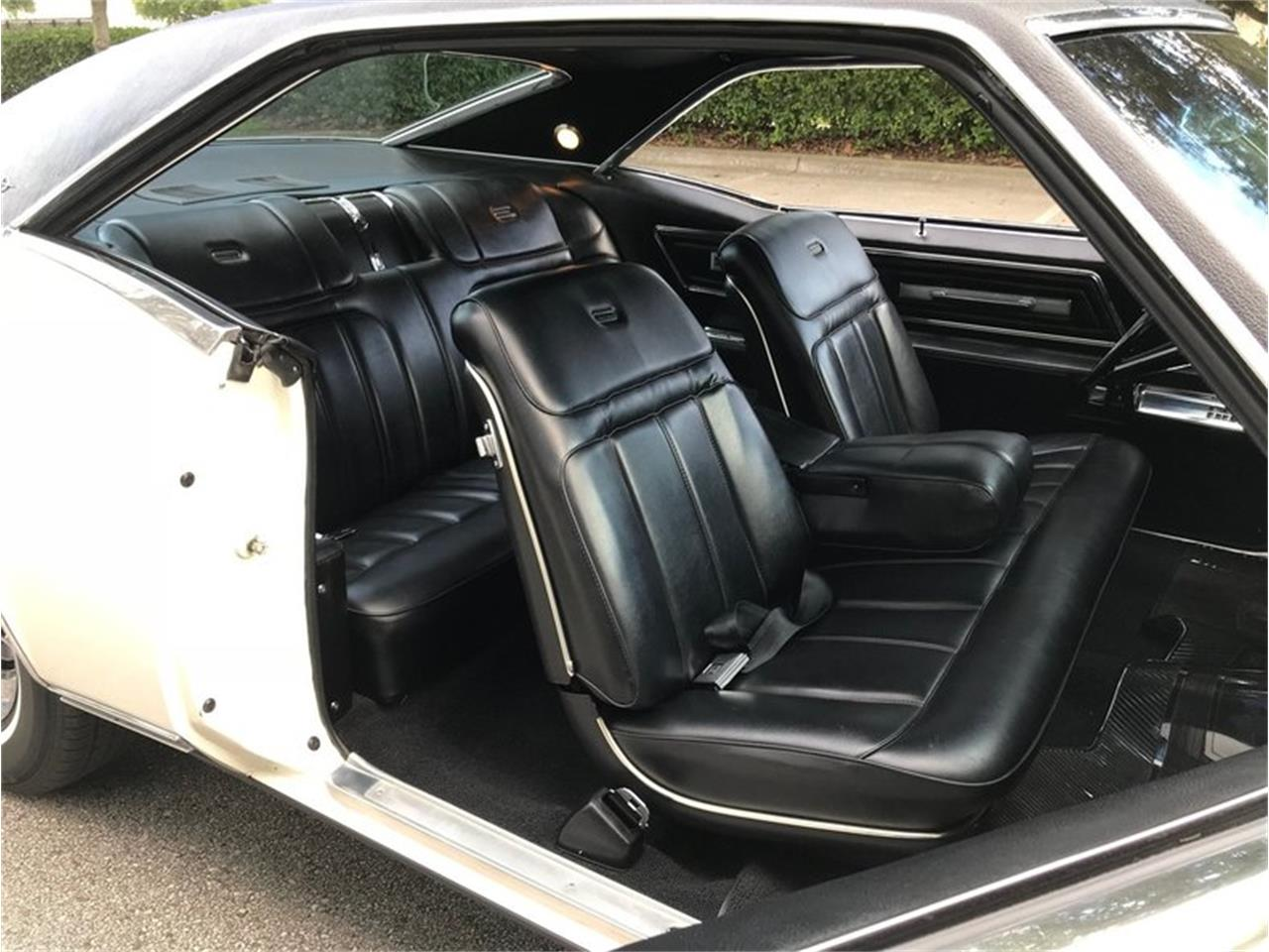 Large Picture of '68 Riviera - NHOW