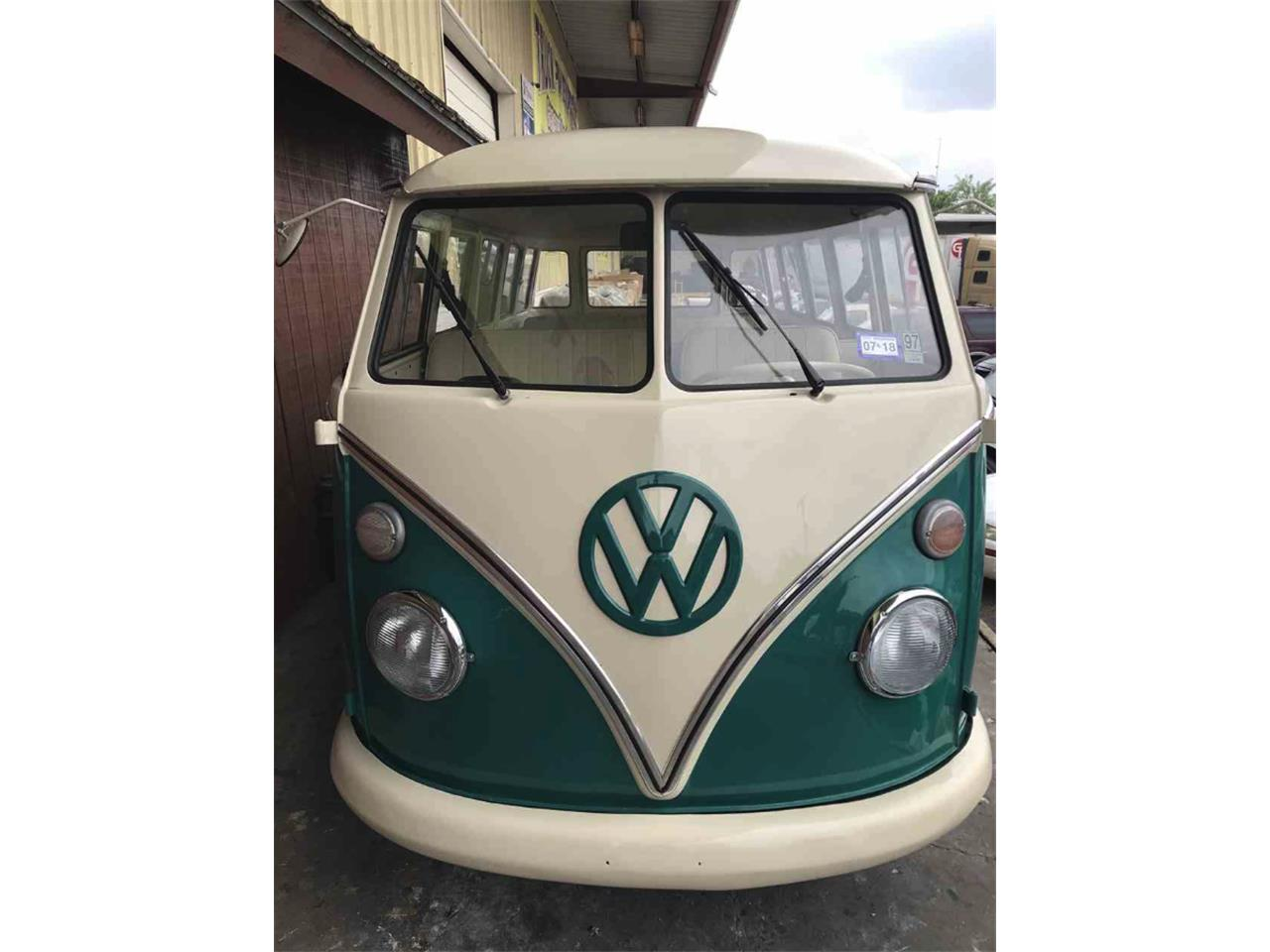 Large Picture of Classic 1972 Volkswagen Bus - NHTT