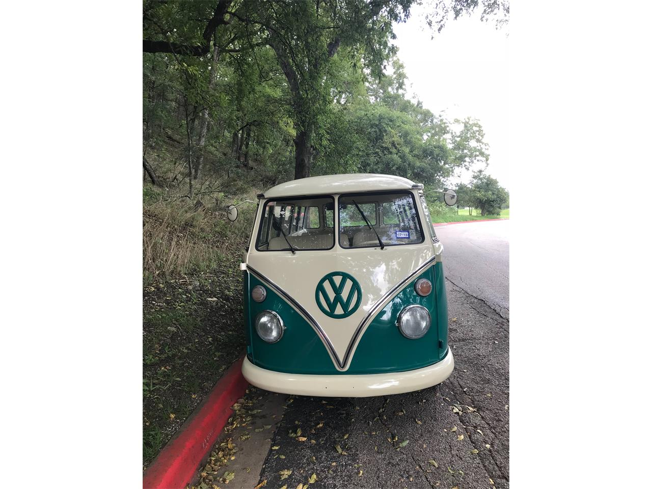 Large Picture of 1972 Volkswagen Bus located in Austin Texas Offered by a Private Seller - NHTT