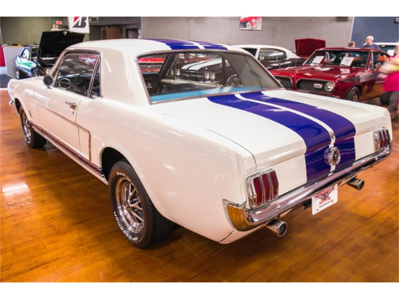 Large Picture of 1965 Ford Mustang - NHVG