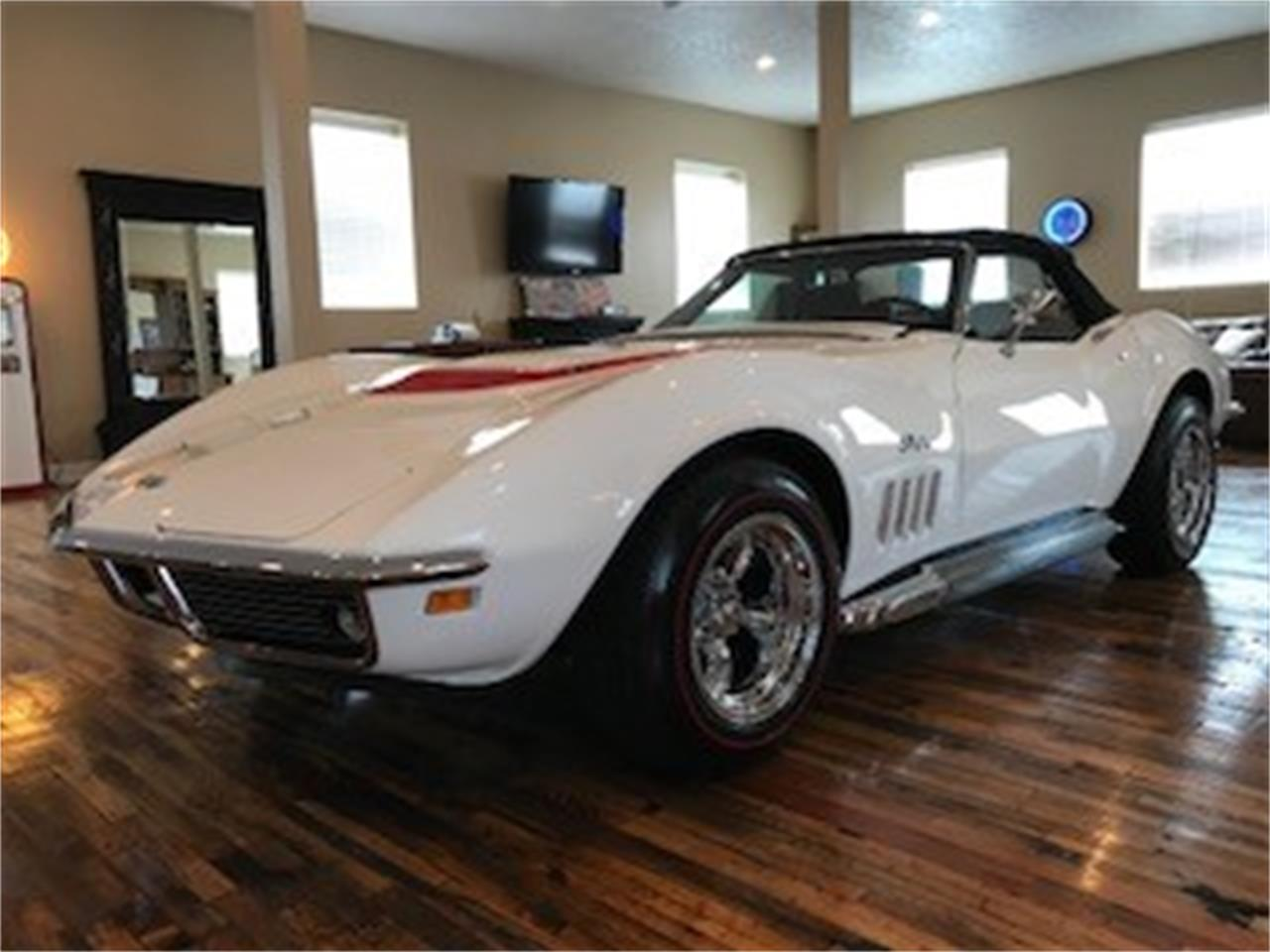 Large Picture of '69 Corvette - NHZT