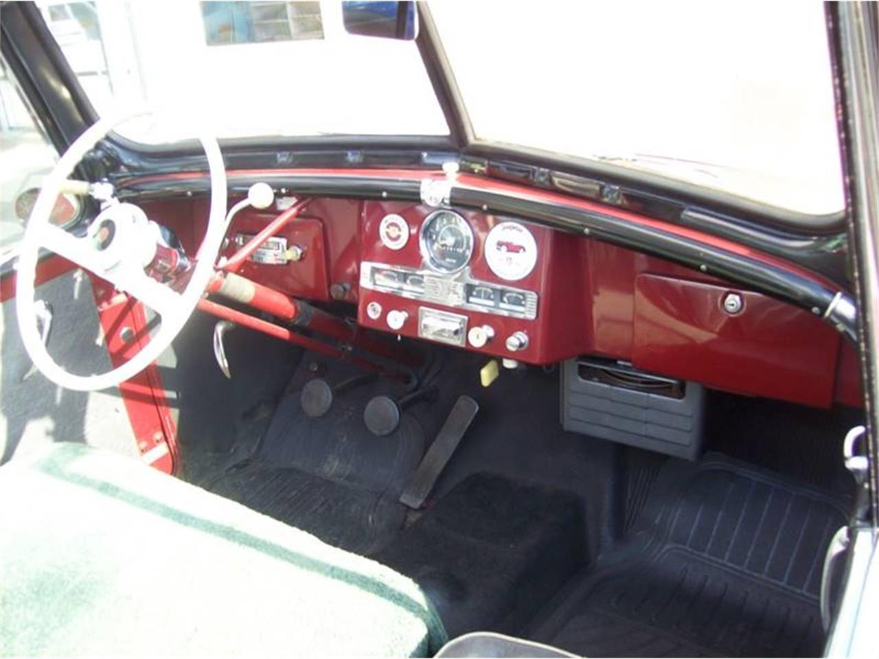 Large Picture of 1951 Jeepster located in Michigan - $20,900.00 Offered by Verhage Mitsubishi - NI8U