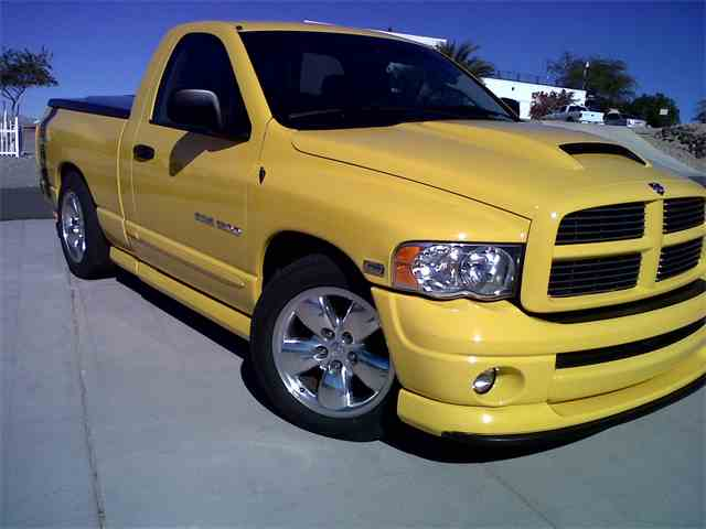 Picture of '05 Ram 1500 Rumble Bee - NIAO