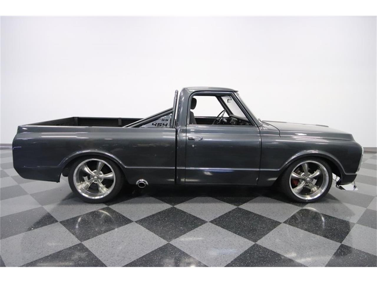 Large Picture of '70 Chevrolet C10 located in Arizona Offered by Streetside Classics - Phoenix - NIMH