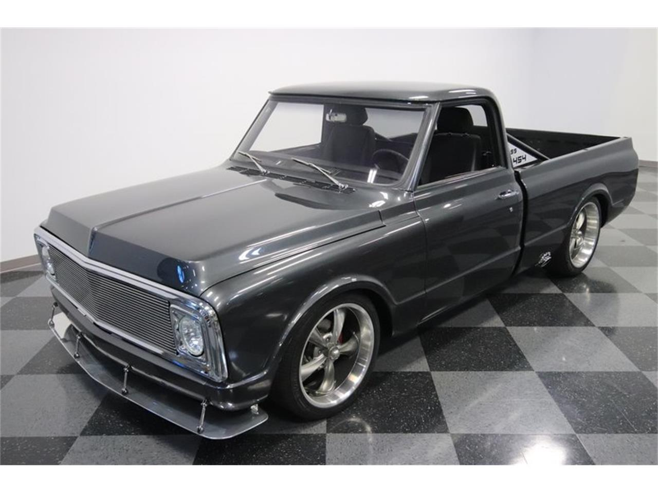 Large Picture of '70 C10 located in Mesa Arizona Offered by Streetside Classics - Phoenix - NIMH
