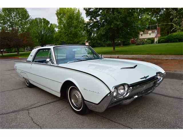 Picture of 1961 Thunderbird located in Boise Idaho - $18,900.00 Offered by  - NIN3