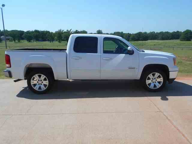 Picture of 2008 Sierra located in Oklahoma Offered by  - NIRF