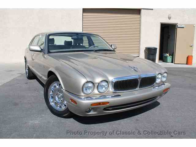 Picture of '98 XJ located in Las Vegas Nevada Offered by  - NITK