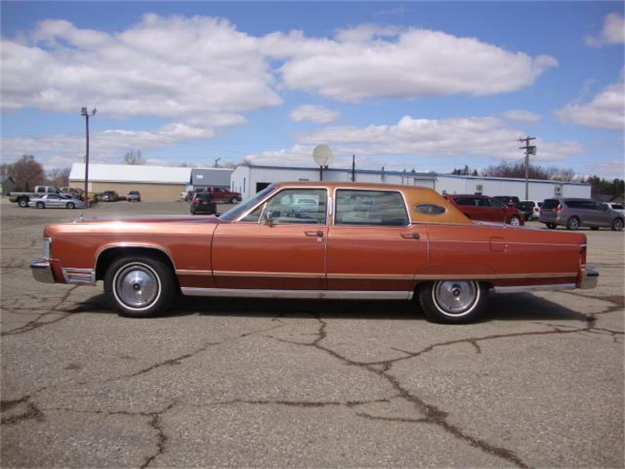 For Sale: 1977 Lincoln Town Car in Milbank, South Dakota