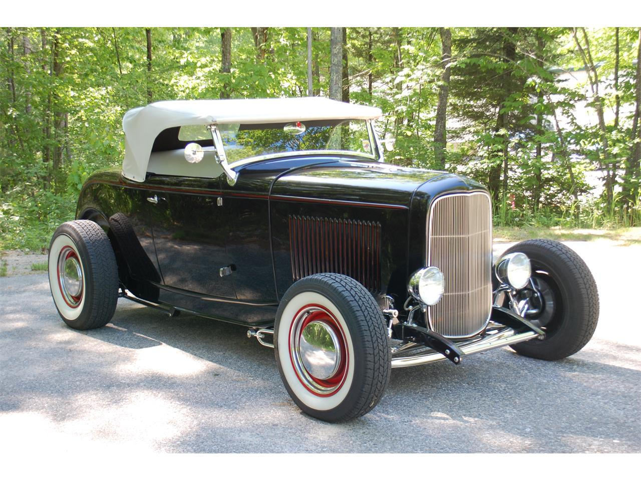 Large picture of classic 32 roadster nivc