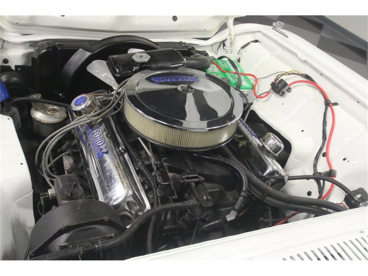 Large Picture of '60 Thunderbird - NIW3