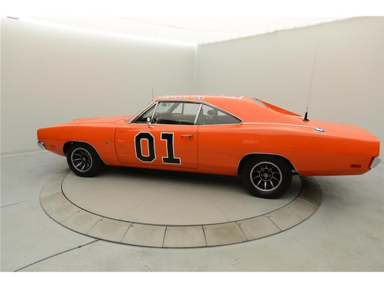 Large Picture of '69 Charger located in Hickory North Carolina Offered by Paramount Classic Car Store - NJ1C