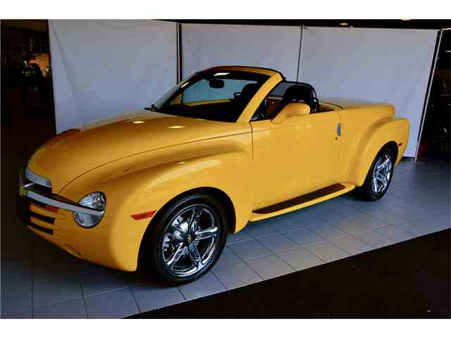 Picture of '05 Chevrolet SSR located in Connecticut Auction Vehicle - NJAU