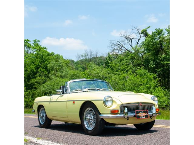 Picture of Classic 1969 MG MGC located in Missouri - $32,900.00 - NJLT