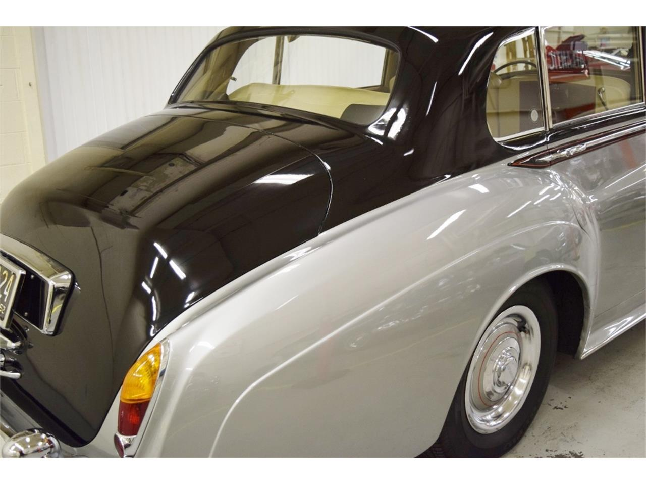 Large Picture of '62 S2 - $59,900.00 Offered by Classic Car Center - NDQ9